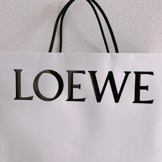 ロエベ(LOEWE)のcc様❤️LOEWEカタログシールのみ(ファッション)