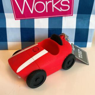バスアンドボディーワークス(Bath & Body Works)の【新品】バスアンドボディワークス ジェル ホルダー 車(キーホルダー)