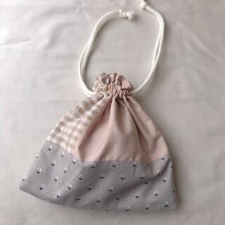 ハンドメイド パッチワーク巾着(外出用品)