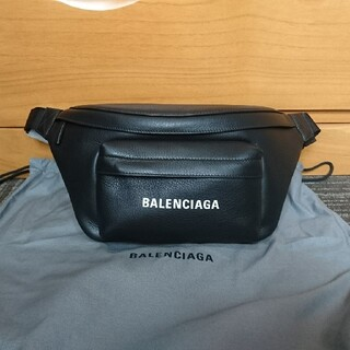 バレンシアガ(Balenciaga)のバレンシアガ 552375 ボディーバッグ ボディバッグ(ボディーバッグ)