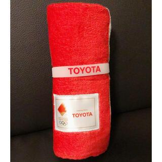 トヨタ(トヨタ)の東京オリンピック2020 TOYOTA リストバンド付き 応援フェイスタオル(タオル/バス用品)