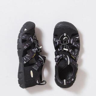 コドモビームス(こども ビームス)の限定品 美品 KEEN×THE PARK SHOP シーキャンプ 21 ブラック(サンダル)