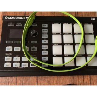 Native Instruments Maschine Mikro(MIDIコントローラー)