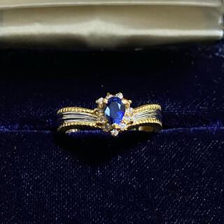 ジュエリーツツミ(JEWELRY TSUTSUMI)のうさかま様専用 k18×pt900 ダイヤモンドとブルーサファイア V字リング(リング(指輪))