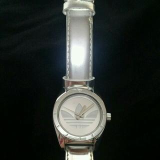 アディダス(adidas)のアディダス 腕時計 シルバー レディース(腕時計)