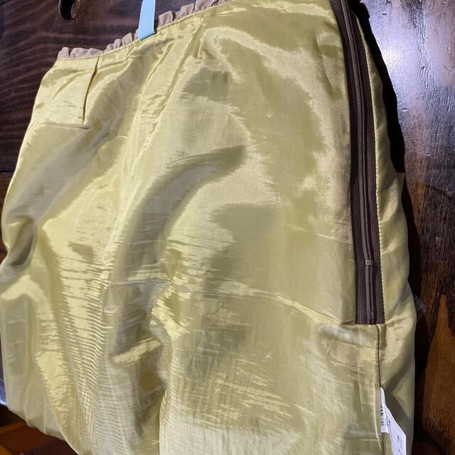 Adam Kimmel(アダムキメル)のお買い得❣️着痩せスカート S〜Mサイズ ベージュ レディースのスカート(ひざ丈スカート)の商品写真
