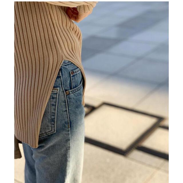 URBANBOBBY(アーバンボビー)のvaret street  sideslit rib top レディースのトップス(ニット/セーター)の商品写真