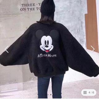 ディズニー(Disney)の《ディズニー》ミッキー ボアブルゾン ブラック Mサイズ(ブルゾン)