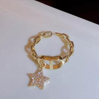 ディオール(Dior)の新色入荷❣️ロゴリング チェーン スター モチーフ 新品未使用✨(リング(指輪))