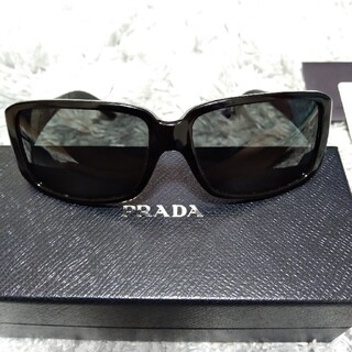 プラダ(PRADA)の正規品 PRADA サングラス ブラック(サングラス/メガネ)