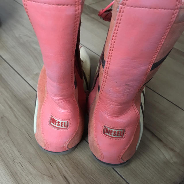 DIESEL(ディーゼル)のディーゼル kids ブーツ キッズ/ベビー/マタニティのキッズ靴/シューズ (15cm~)(ブーツ)の商品写真