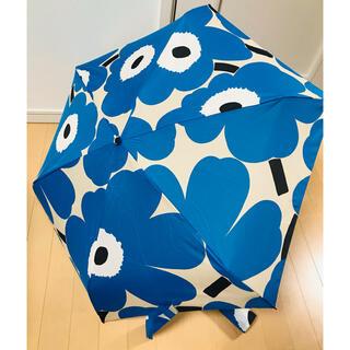 マリメッコ(marimekko)のマリメッコ 折り畳み傘 ウニッコ ブルー 並行輸入品(傘)
