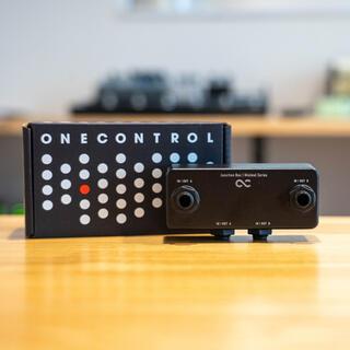 One Control Junction Box(エフェクター)