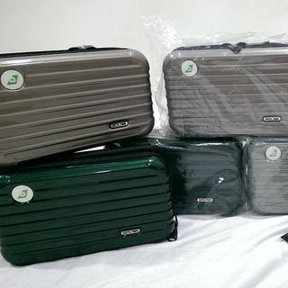 リモワ(RIMOWA)の台湾 エバー航空 EVA ファーストクラス アメニティ ポーチ リモワ(旅行用品)