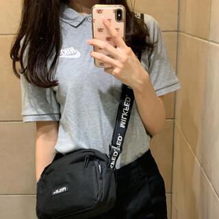ナイキ(NIKE)のNIKE ポロシャツ(ポロシャツ)