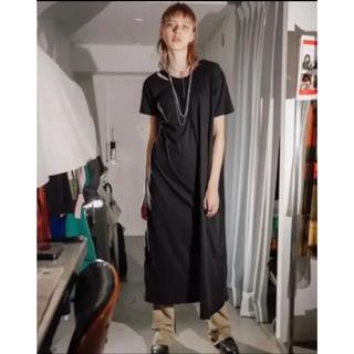 トーガ(TOGA)の新品未使用 perverze  ダメージ Tシャツ ワンピース(ロングワンピース/マキシワンピース)