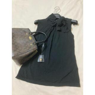 エムプルミエ(M-premier)のエムプルミエ タンクトップ リボン ブラック 黒(カットソー(半袖/袖なし))