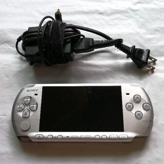 プレイステーションポータブル(PlayStation Portable)のSONY PSP3000 シルバー 充電器セット(携帯用ゲーム機本体)