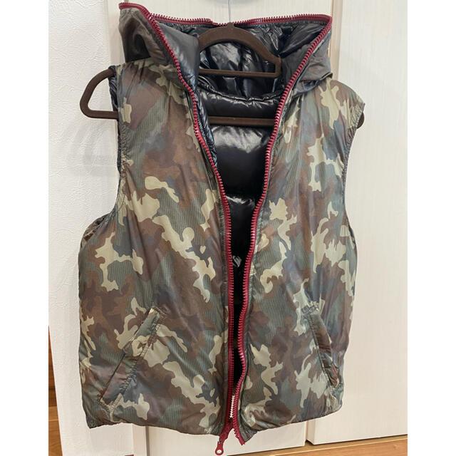 DUVETICA(デュベティカ)のDUVETICA リバーシブル ダウンベスト メンズのジャケット/アウター(ダウンベスト)の商品写真