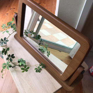 全国送料無料!鏡 木製スタンドミラー 角度調整可 卓上鏡 鏡台(卓上ミラー)