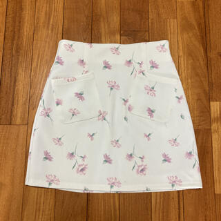 ダズリン  花柄台形スカート