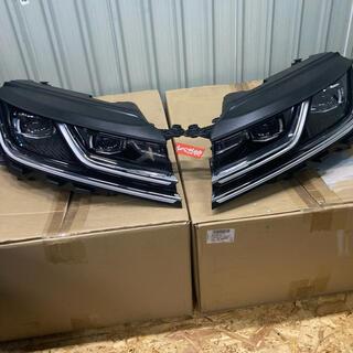 フォルクスワーゲン(Volkswagen)のフォルクスワーゲン アルテオン ヘッドライト左右セット 3ヶ月使用品 即日発送(車種別パーツ)