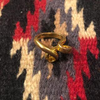 マルタンマルジェラ(Maison Martin Margiela)の【メゾン マルタンマルジェラ】ゴールド デザインリング レア 指輪 入手困難(リング(指輪))