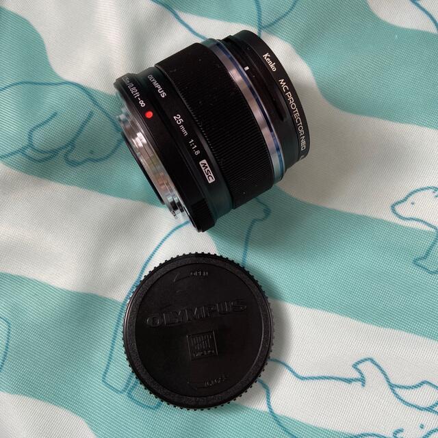 OLYMPUS(オリンパス)のOLYMPUS M.ZUIKO DIGITAL 25mm 1:1.8 スマホ/家電/カメラのカメラ(レンズ(単焦点))の商品写真