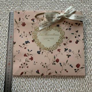 レメルヴェイユーズラデュレ(Les Merveilleuses LADUREE)の新品未使用 レメルヴェイユーズラデュレショッパー  (ショップ袋)