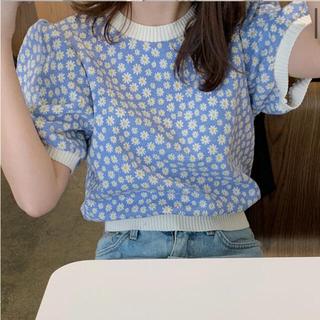 ディーホリック(dholic)のフラワーパターン半袖ニット ソニョナラ(Tシャツ/カットソー)