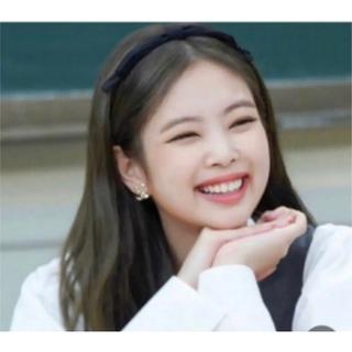 シャネル(CHANEL)のCHANEL  シャネル リボンカチューシャ ココマーク付き 新品未使用(カチューシャ)