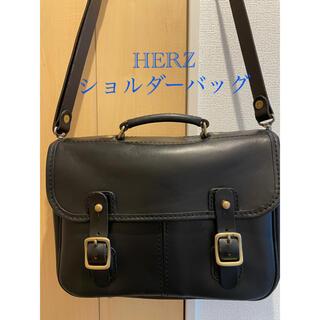 ヘルツ(HERZ)のHERZ ヘルツ ショルダーバッグ CW-10  ブラック(ショルダーバッグ)