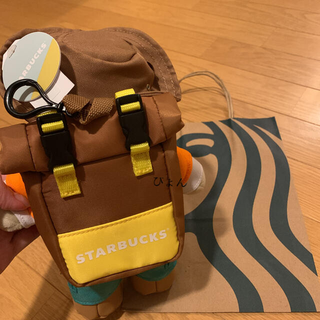 Starbucks Coffee(スターバックスコーヒー)の【中国スタバ限定】ベアリスタ キャンプシリーズ スターバックス スタバ レディースのファッション小物(キーホルダー)の商品写真