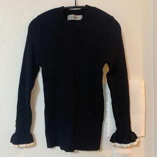 リランドチュール(Rirandture)のrirandture パール付きリブニット 黒(ニット/セーター)