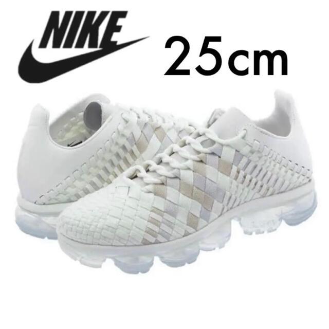 NIKE(ナイキ)の美品! 完売 ナイキ エアヴェイパーマックス イネバ トリプルホワイト 25cm メンズの靴/シューズ(スニーカー)の商品写真