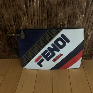 フェンディ(FENDI)のFENDI×MANIA FILAコラボ クラッチバッグ(セカンドバッグ/クラッチバッグ)