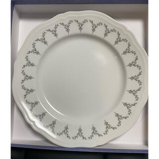 リチャードジノリ(Richard Ginori)のリチャードジノリ 大皿プレート 27cmウエッジウッド リーフ柄(食器)