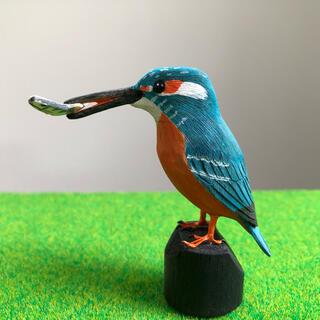 野鳥彫刻 カワセミ オス魚付 作者ituo(彫刻/オブジェ)