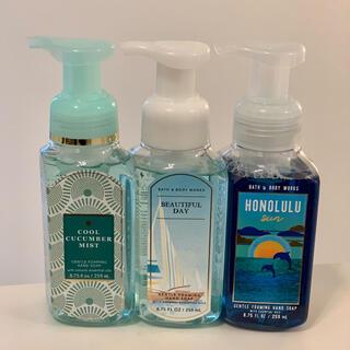 バスアンドボディーワークス(Bath & Body Works)のBath&BodyWorks バスアンドボディワークス 泡タイプ3本(日用品/生活雑貨)