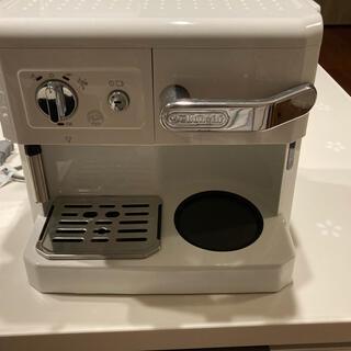 DeLonghi - デロンギ コーヒー エスプレッソメーカー BC0410J-W