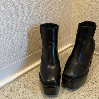 グレイル(GRL)のグレイル 厚底ブーツ スクエアトゥブーツ ブラック プチプラ GRL プチプラ(ブーツ)