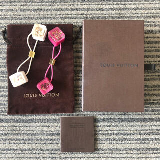 ルイヴィトン(LOUIS VUITTON)のLOUIS VUITTON ラインストーン モノグラム ヘアアクセサリー 白 桃(ヘアゴム/シュシュ)