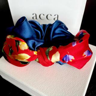 アッカ(acca)の定価8250円 未使用 acca バニーシュシュ フラワー(ヘアゴム/シュシュ)