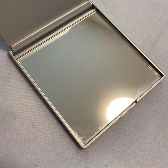 LUNASOL(ルナソル)のLUNASOL ルナソル 持ち運びコンパクトミラー レディースのファッション小物(ミラー)の商品写真