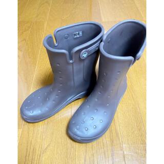 クロックス(crocs)のクロックス ブラウン ブーツ W9(25.0cm) ユニセックス(レインブーツ/長靴)