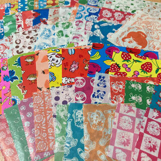 昭和レトロ 駄菓子屋サラサ千代紙60枚 折り紙おりがみカコちゃん千代紙交換(印刷物)