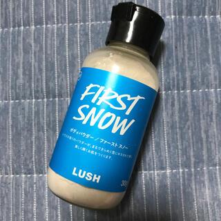LUSH - LUSH ボディパウダー first snow