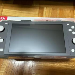 ニンテンドースイッチ(Nintendo Switch)のSwitch light グレー 美品(家庭用ゲーム機本体)