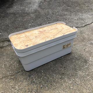 ムジルシリョウヒン(MUJI (無印良品))のアクリル塗装済み 無印良品 頑丈収納ボックス 天板(特大サイズ用)(テーブル/チェア)