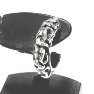 エーアンドジー(A&G)のエーアンドジー シルバー925 レリーフ シルバーピアス シルバーアクセサリー(ピアス(両耳用))